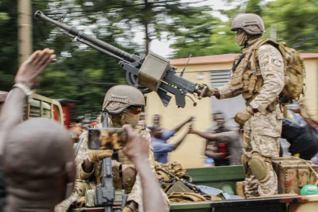Confusion in Mali as Military arrests Interim President, Prime Minister